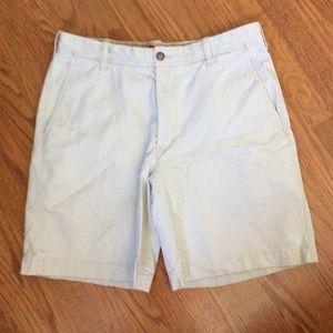 Men's Izod Shorts, Size 33